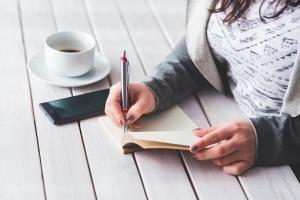 Jak wziąć kredyt mieszkaniowy i nie zwariować – krótki poradnik